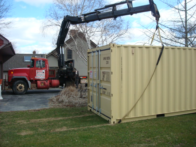 20' Shipping Container rented in New York